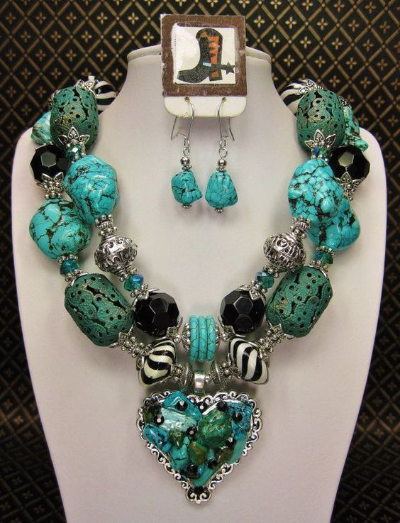 Western Style Chunky Turquoise Necklace Turquoise Jewelry Pinterest Turquoise Necklace