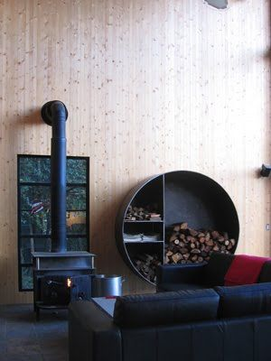"""I like the woodbox! Looks like a 3/8""""x48"""" piece of steel pipe with 3/8"""" steel plate welded inside for dividers."""
