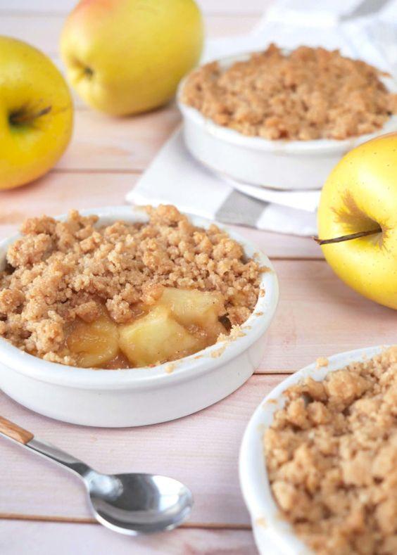 La recette Facile du Crumble aux Pommes - Pastry Freak