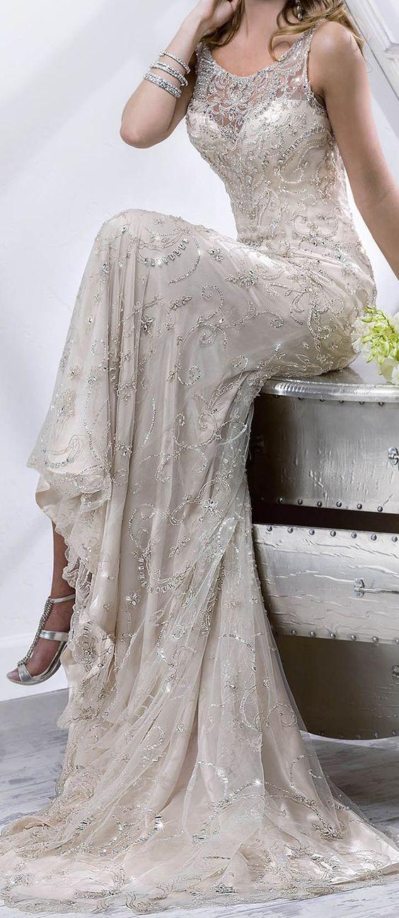 http://www.sotteroandmidgley.com/dress.aspx?style=4SS826: