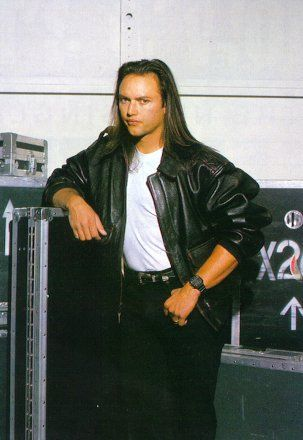 Geoff Tate of Queensryche. Incredible singer.