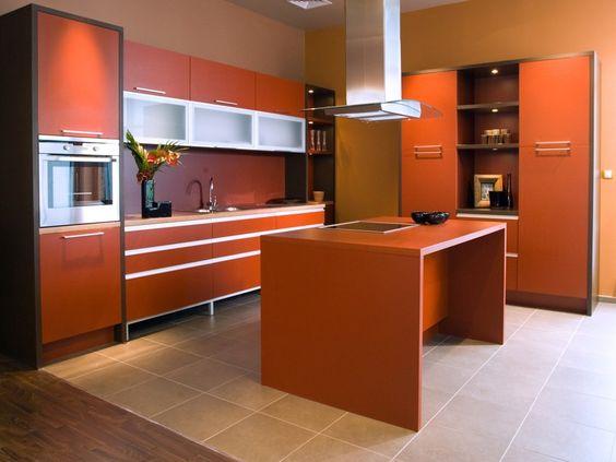 Rötliche orange Luxus Küche-Design mit einfachen Insel und Fliese ...