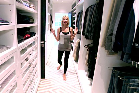 'Ladies of London' House Tours Caroline stanbury | Closets ...
