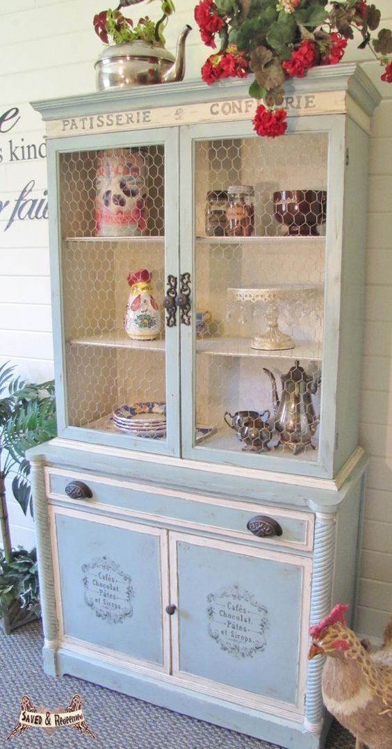 SOLD ****** shabby chic china cabinet/hutch, cottage style, french country, vintage, painted: