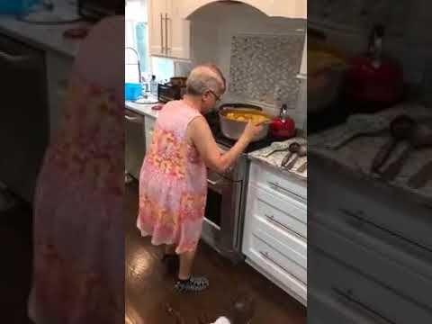 Alte Oma Diw Tanzt Youtube Musik Youtube Alte Oma Tanzen
