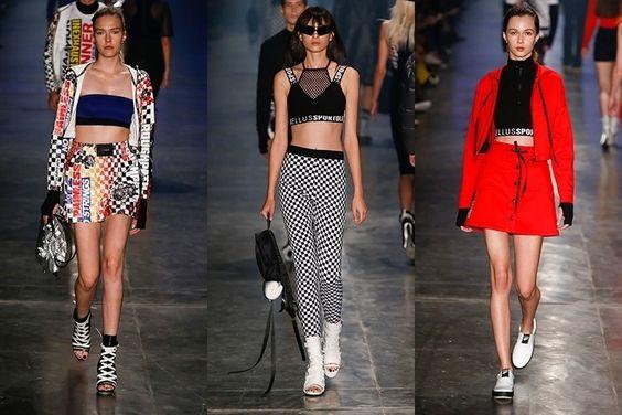Nas passarelas da SPFW, a Ellus lançou uma nova linha esportiva inspirada pelo streetwear. As referências vêm dos anos 90 e começo dos anos 2000, com muita barriga de fora, peças de redinha, elástico com o nome da marca e muita estampa
