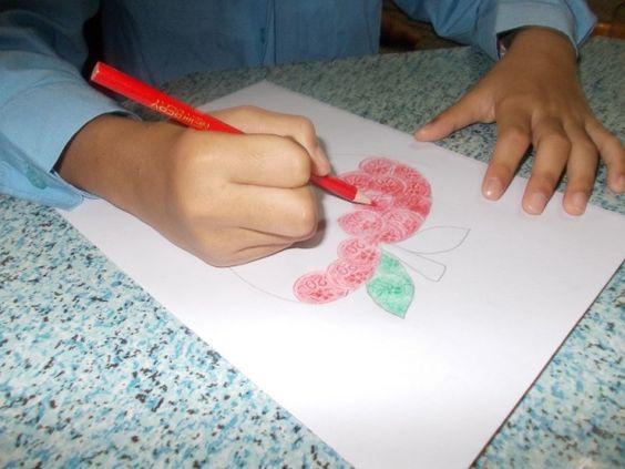 7 Perkara pasti anda rindui tentang Pendidikan Seni   MEMBESAR sebagai pelajar sekolah di Malaysia pasti kita semua akan melalui perkara ini dan jika ditanya subjek kegemaran pastinya salah satu daripadanya adalah subjek Pendidikan Seni.  Perkara anda rindui tentang Pendidikan Seni  Perkara anda rindui tentang Pendidikan Seni  Pendidikan Seni adalah satu satunya kelas yang memberikan kebebasan menzahirkan kreativiti tanpa halangan serta peluang untuk bermain dengan krayon kertas berwarna…