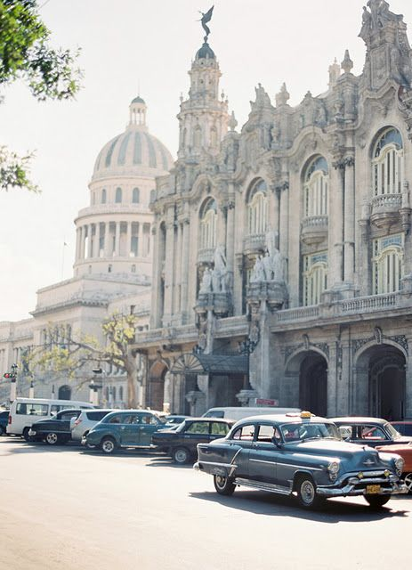 Cuba is unique.. A place you have to go to! Find your suitcase or backpack at KAZA.dk and off you go!