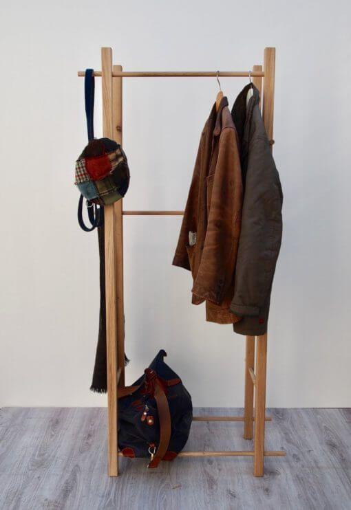 Garderobenstander Holz Kann In Wenigen Minuten Aufgebaut Werden In 2020 Garderobe Stander Kleiderregal Garderobenstander Holz