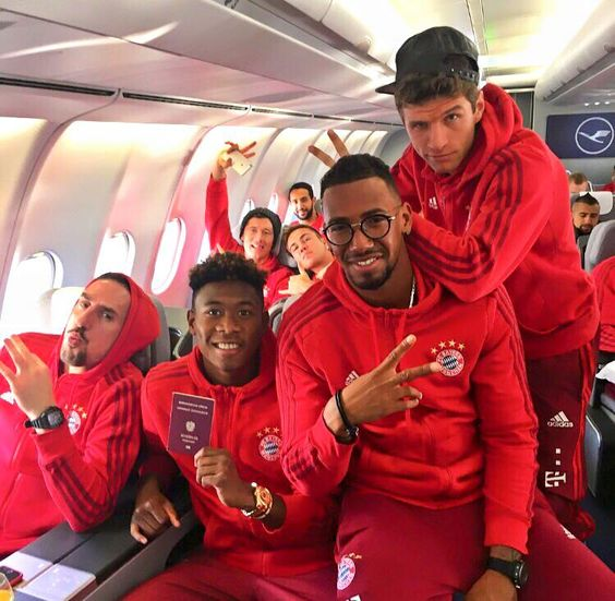 """ "" Off to Doha with the FC Bayern München crew ✈ #da27 "" """