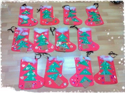 日本語幼稚園でのクリスマス工作〜サンタさんの靴下