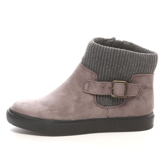 43 Cozy Shoes For You This Spring shoes womenshoes footwear shoestrends