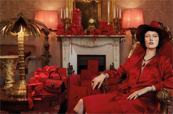 """The night before Christmas""   from Vogue.it Photo by Luciana Val & Franco Musso"