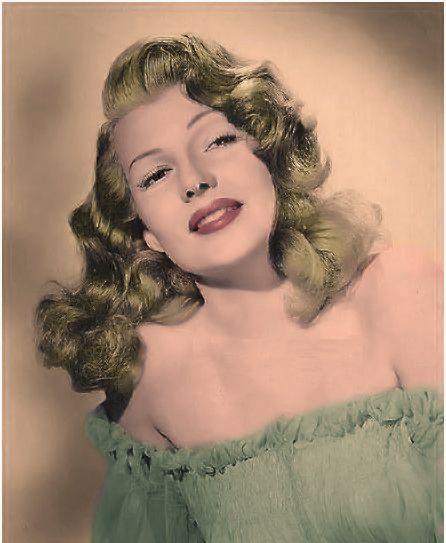Rita looking good in green!