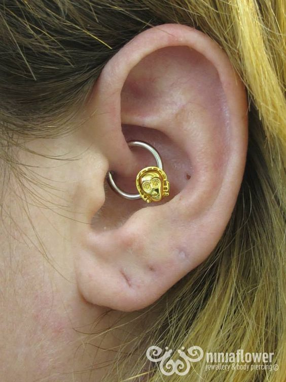 how to change a daith heart piercing