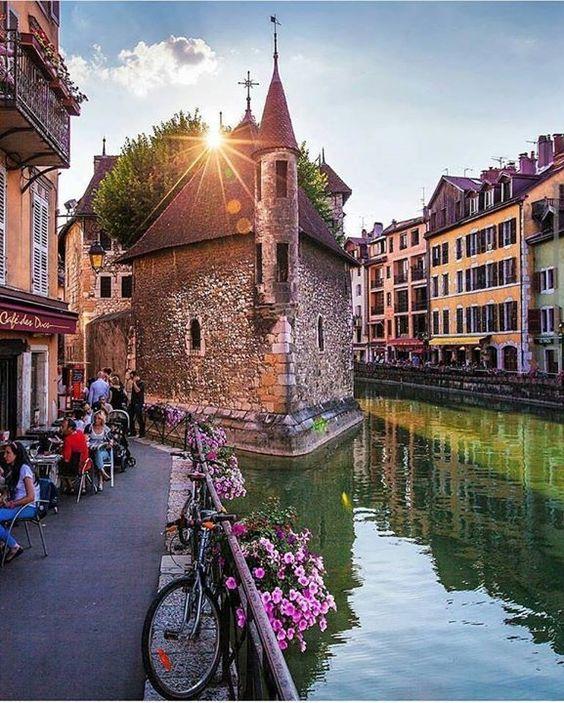 Annecy - Franciaország                                                                                                                                                     More