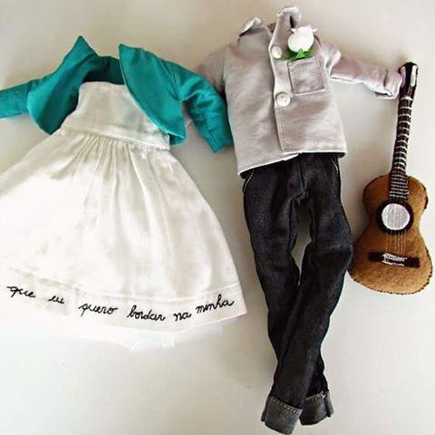 Amor que não cabe nas roupinhas! #fabricdoll #clothesdolls #handmade