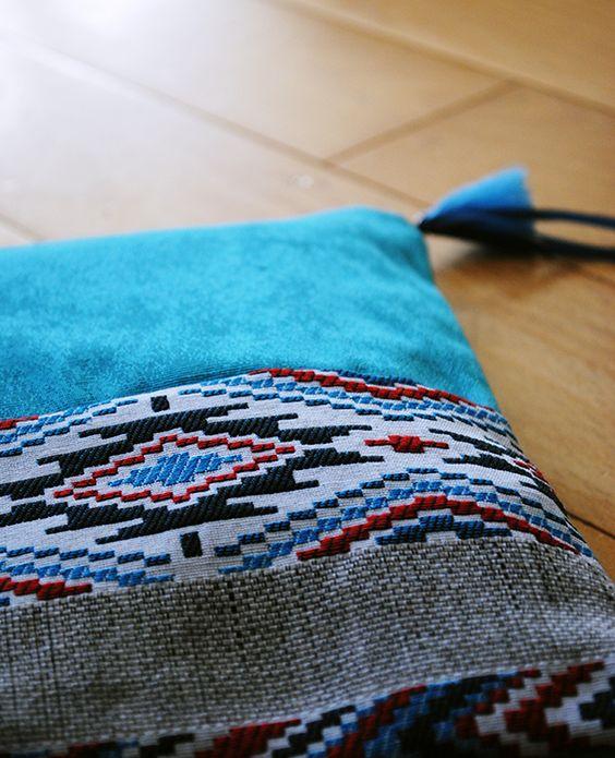 Pochette aztèque turquoise