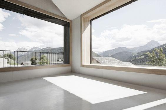 ALPINE HOUSE BY PEDEVILLA ARCHITEKTEN