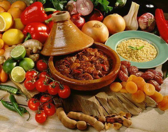 المطبخ المغربي أحسن مطبخ في العالم: Moroccan Flavour, Marruecos Platos, The Adventures, Moroccan Food, Een Tajine, And Drink, Food Drinks, Sale