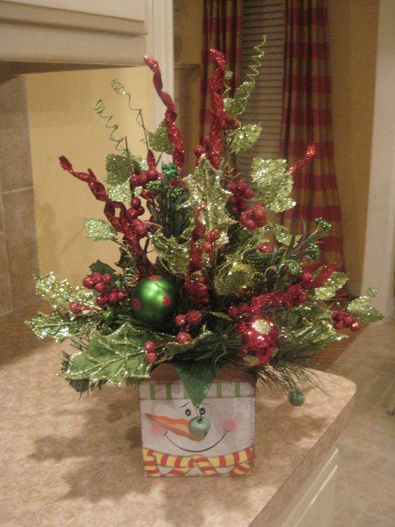 Snowman arrangement christmas centerpiece arrangements