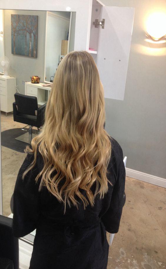 Andrea Prchal Primo Studio Salon in Scottsdale Arizona follow me on Instagram: andreaprchalhairaz #blonde #pretty #curls #fun #fall #hair