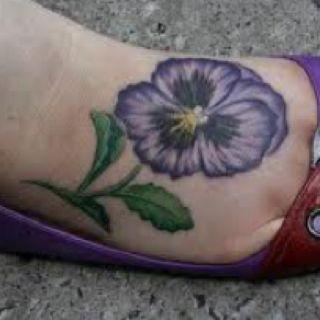 I will have a pansy tattoo one day viooltjes pinterest tatouage de pens e pens es et - Tatouage pensee fleur ...