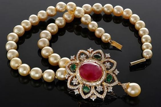 Pearl,ruby and emerald chain