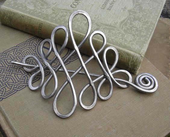 Large Looping Celtic Crossed Knots Aluminum by nicholasandfelice