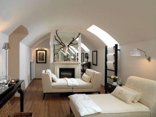 Mit Geweih Deko klassisch modern schmücken | Dachboden ...