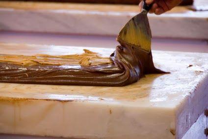 Kuchenfee Lisa: Schokolade = Kuvertüre ? NEIN ! Unterschied & Verarbeitung von Kuvertüre
