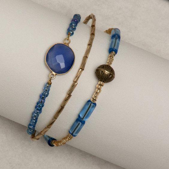 Bracelet de Saint Valentin / Cadeau Femme / Bracelet Trois Rangs  / Bleu, Doré/ Pierre de Gemme / Pierre de Lune / Bracelet Triple