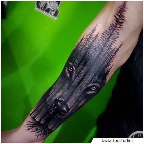 official photos 6c1aa 90b6f tattoo lupo foresta realistico | Tatuaggio Lupo | Tatuaggio ...