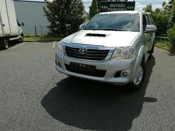 Annonce de voiture d'occasion: Toyota Hilux X-TRA CAB 144 D-4D 4x4 LEGENDE, €…