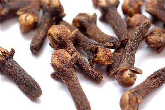 Quels sont les bienfaits des clous de girofle?  En huile essentielle, le clou de girofle est depuis longtemps reconnu commeanti-inflammato...