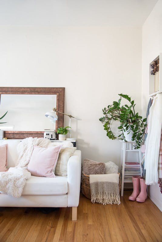 Proof Planning Pays Off A Bright Cozy Home In Just 300 Square Feet College Apartment Decor College Apartment Living Room Apartment Living Room