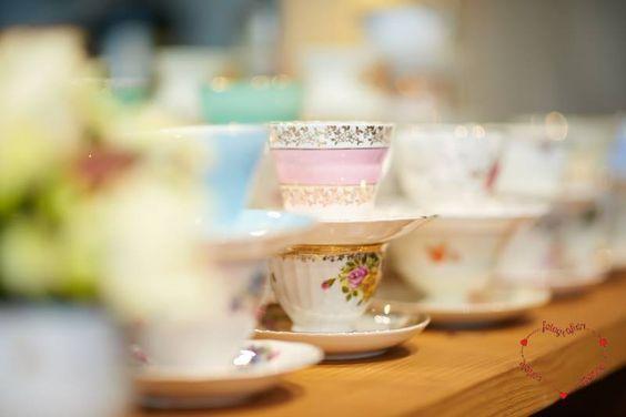 Marthas Kaffeetafel Vintage Kaffeebuffet auf dem 1.Weddingday mit dem Netzwerk WEISS BIS CREME