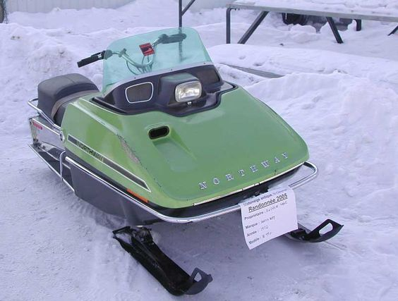 Vintage snowmobile race in ontario 2007