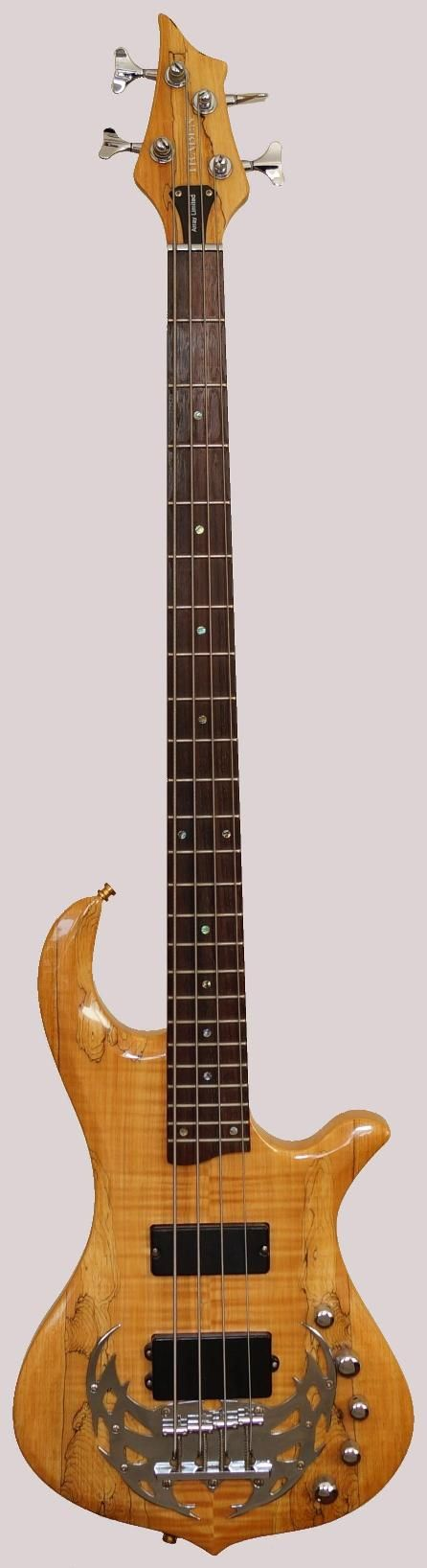 Traben Array Ltd.4 Bass with the big bridge at Ukulele Corner