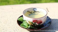 Frauenmantel ist eines der wichtigsten Heilkräuter für Frauen. Als Teeaufguss kann er viele gesundheitliche Probleme lindern und sogar Männern nützlich sein