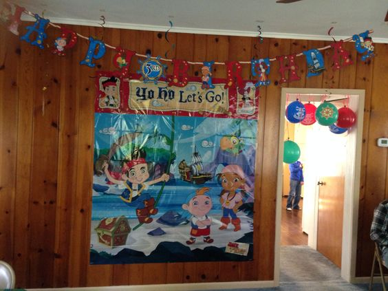Jake and the Neverland Pirates Party. Items purchased from Party City. Pirate Party for boys
