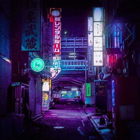 Shibuya Nights / 渋谷区 /  Midnight City / 00:00:00 / Drinking in the lights, following the neon signs. The city is my church, it wraps me in its blinding twilight. /  @m83music - Midnight City / J'aime bien repérer le petit détail que personne ne verra jamais. / Me gusta ver los pequeños detalles que muchos ignoran / I like to look for things no one else catches.