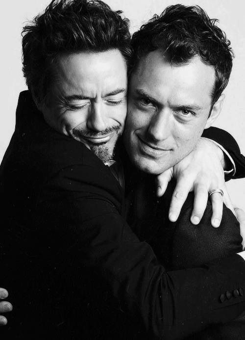 Robert Downey Jr - Jude Law Okay - this is one of the sweetest pictures Ive ever seen..