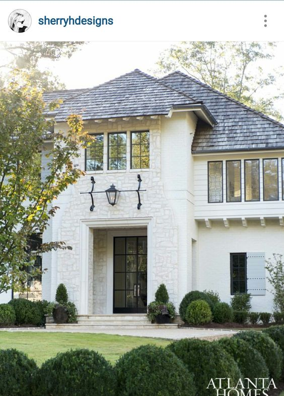 Michael ladisic fine homes. Sherry hart designs. COME SEE these White House Exteriors With Traditional Architecture! #houseexterior #whitehouses #housedesign #whitepaintcolors #whitehomes #traditionalarchitecture #modernfarmhouses