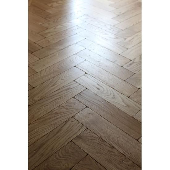P117 16 Tumbled Rustic Oak Parquet Flooring Blocks Mat Oil Finish Size 16x70x280mm Oak Flooring Suppliers S Parquet Flooring Oak Parquet Flooring Oak Floors