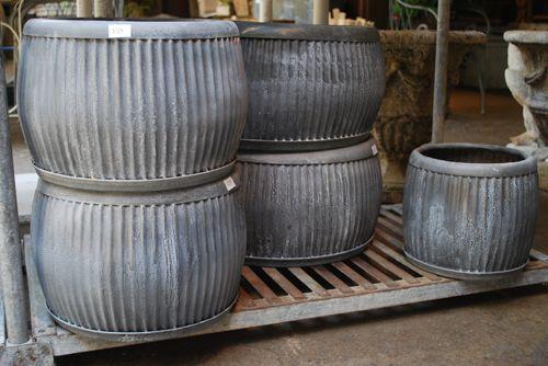 Galvanized corrugated round tub online garden store for Garden tub vs standard tub