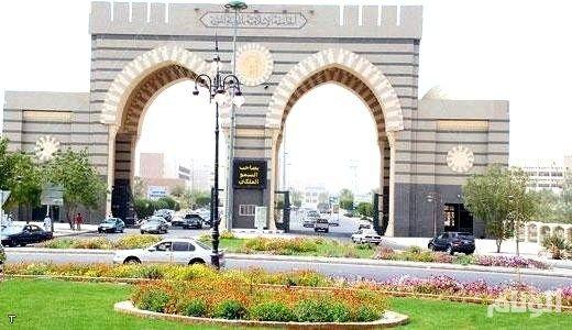 تدريب 200 عضو هيئة تدريس بالجامعة الإسلامية على مهارات التعل م التقني Travel Landmarks