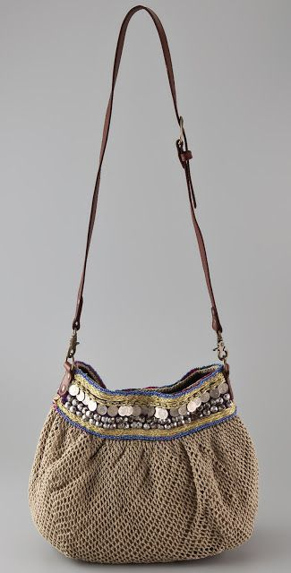 Links to crochet site.....  http://outstandingcrochet.blogspot.com/2012/03/elliot-mann-crochet-bags.html  Love these bags!: