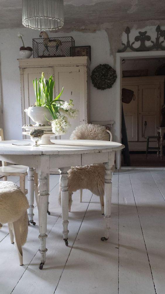 42 Romantic Home To Inspire and Copy interiors homedecor interiordesign homedecortips