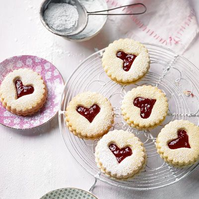 Jammy dodgers for afternoon tea today.  My nan's recipe minus the plum jam and with blackberry instead.